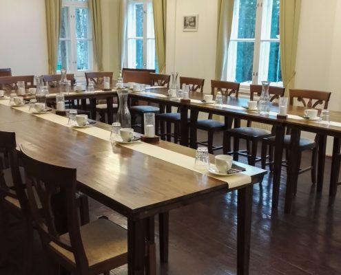 Kokoukset ja koulutukset